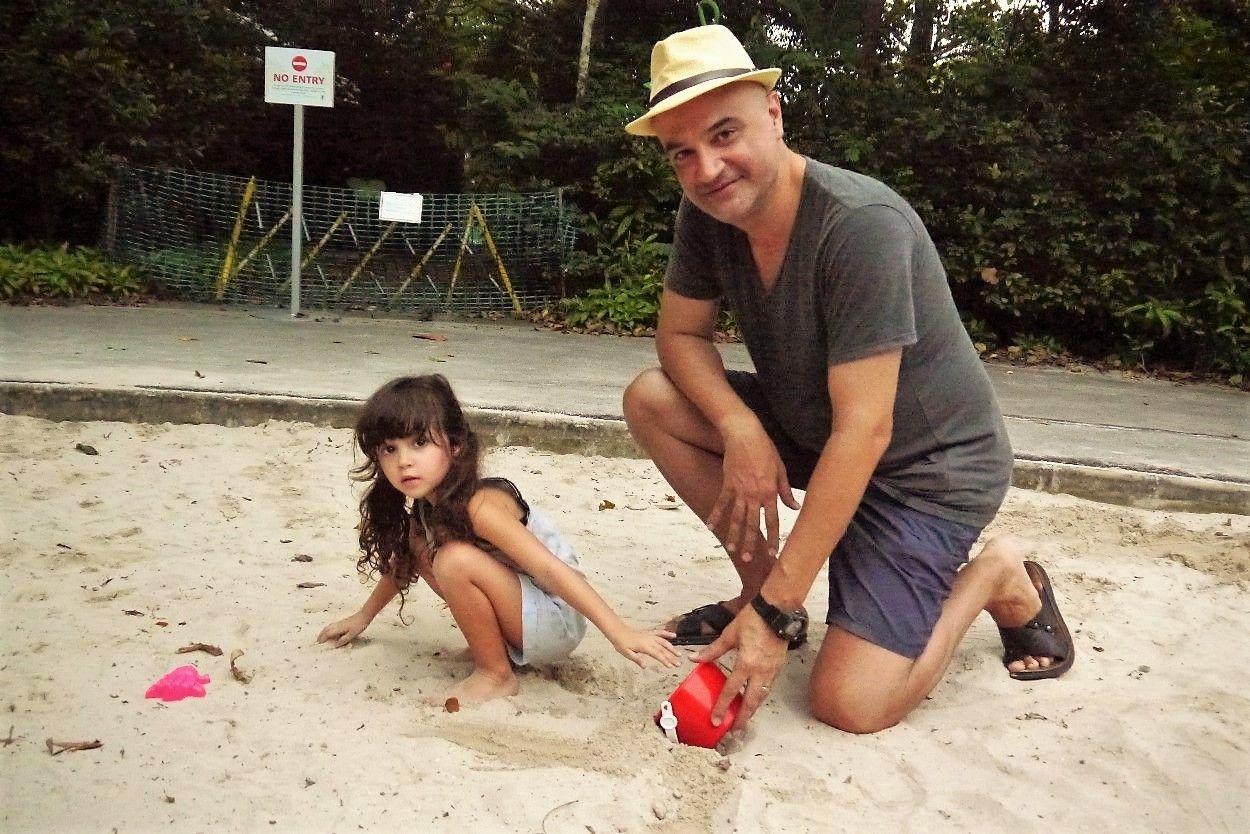 Stay-At-Home Dad: Carlos Mari